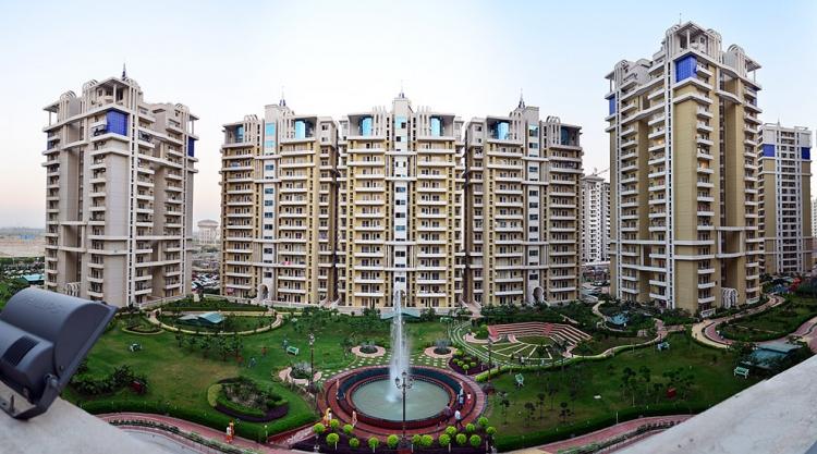 Purvanchal Royal Park, Sector 137, Noida - Building