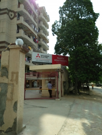 Parth Apartments, Sector 55, Gurgaon - Building