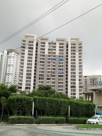 Great Value Sharnam, Sector 107, Noida - Building
