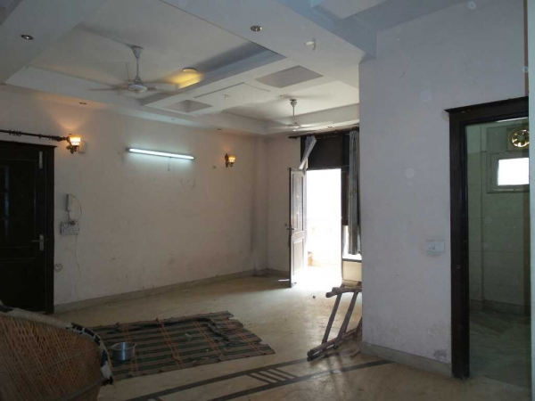 3 BHK Apartment for Sale in Metro Apartments - Living Room