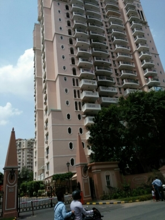 3 BHK Apartment for Sale in DLF Trinity Towers - Exterior View