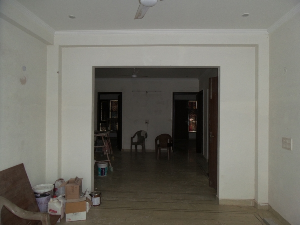 3 BHK Floor for Sale in Rajendra Park Gurgaon - Living Room