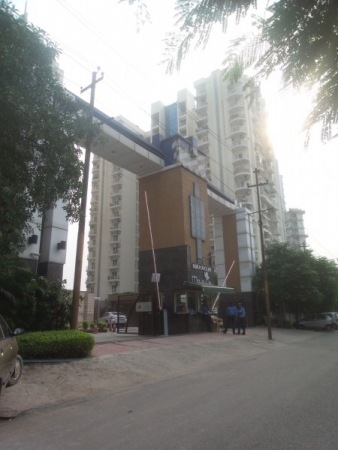 3 BHK Apartment for Sale in Mahagun Maple - Exterior View
