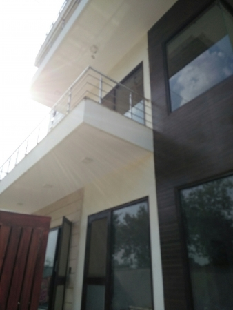 3 BHK Floor for Rent in Sector 55 Gurgaon - Exterior View