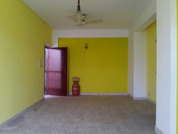 3 BHK Floor for Rent in Ashoka Enclave Part 3 Faridabad - Living Room