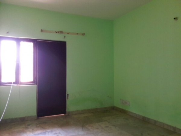 3 BHK Villa for Rent in Sector 7 Faridabad - Living Room