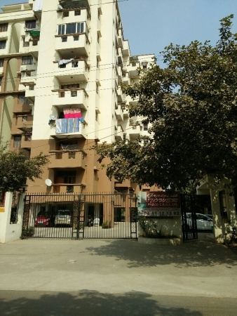 3 BHK Apartment for Sale in Gracious Tower - Exterior View