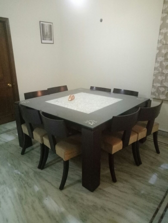2 BHK Apartment for Rent in DLF Silver Oaks - Living Room