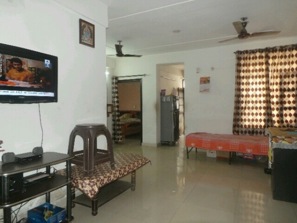 2 BHK Floor for Rent in Sector 28 Faridabad - Living Room