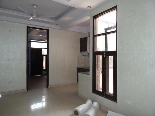 1 BHK Apartment for Rent in DDA Pocket H - Living Room