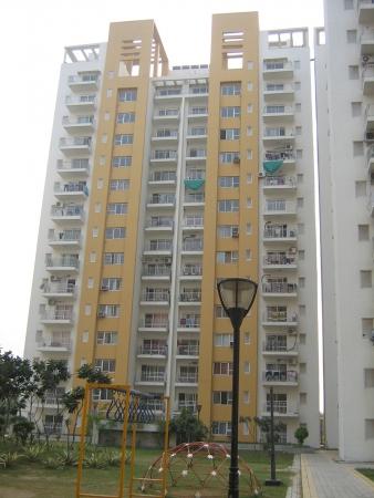 3 BHK Apartment for Rent in BPTP Park Grandeura - Exterior View