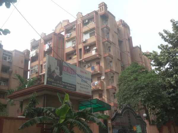 3 BHK Apartment for Rent in Royal Garden Estate - Exterior View