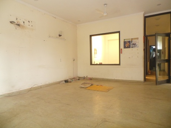 5 BHK Villa for Sale in Sector 37 Faridabad - Living Room