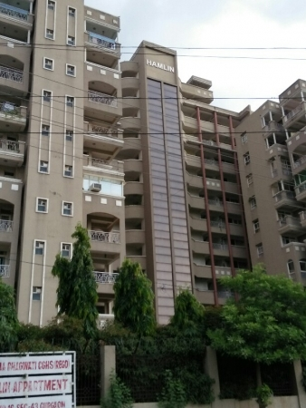 3 BHK Apartment for Rent in Hamlin Apartments - Exterior View