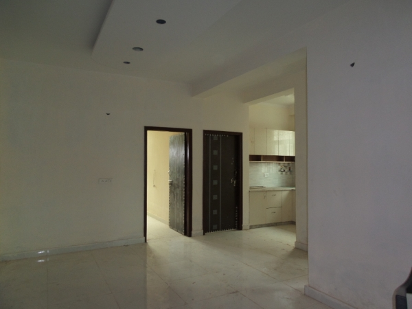 2 BHK Apartment for Sale in Oxford Apartments - Living Room