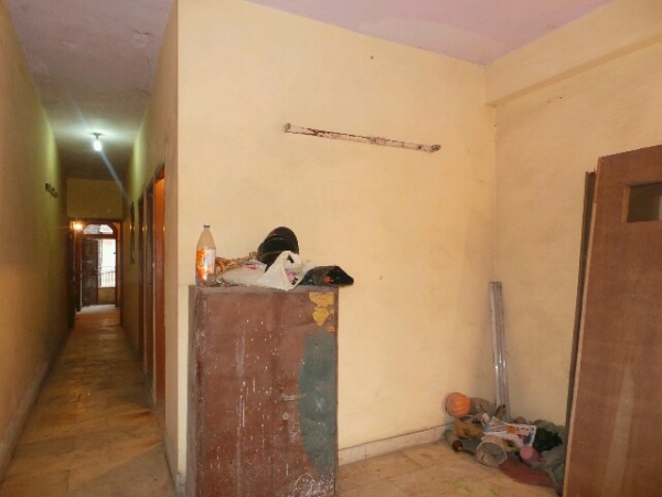 2 BHK Floor for Sale in Sector 35 Faridabad - Living Room