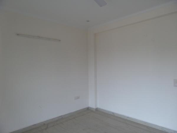 3 BHK Floor for Sale in Ansal Sushant Lok 1 - Living Room