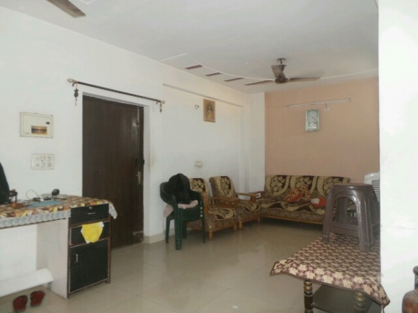 2 BHK Floor for Sale in Sector 28 Faridabad - Living Room