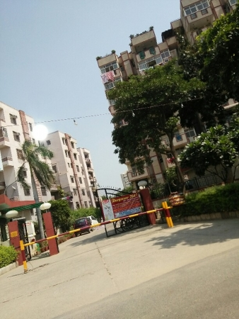3 BHK Apartment for Rent in Jeevan Tara Apartment - Exterior View
