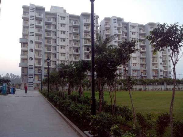 2 BHK Apartment for Sale in Omaxe Heights - Exterior View