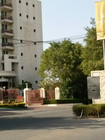 4 BHK Apartment for Rent in DLF The Summit - Exterior View