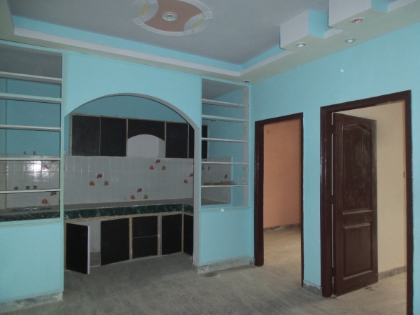 2 BHK Apartment for Sale in RWA Shiv Vihar Phase 1 - Living Room