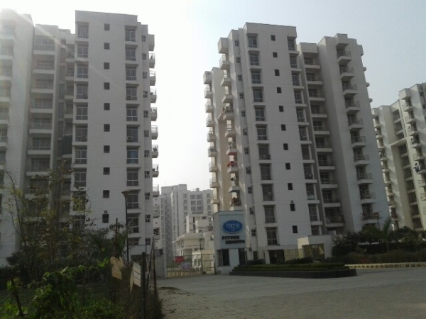 3 BHK Apartment for Rent in Piyush Heights - Exterior View