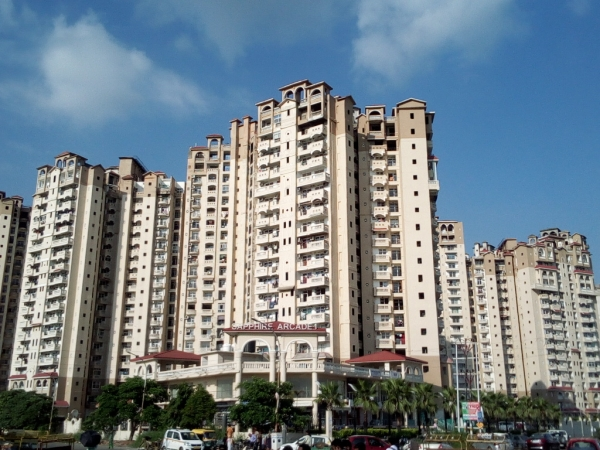 2 BHK Apartment for Rent in Amrapali Sapphire - Exterior View