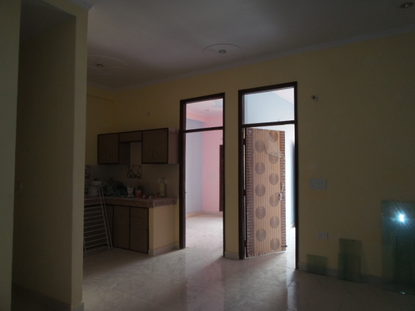 2 BHK Apartment for Rent in Himvarsha Apartment - Living Room
