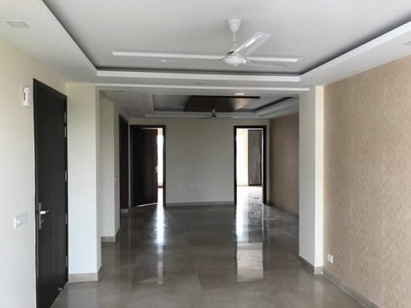 3 BHK Apartment for Rent in Ansal API Valley View Estate - Living Room