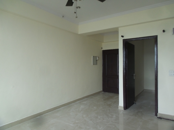 2 BHK Apartment for Rent in Brothers Apartments - Living Room