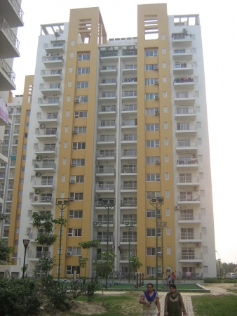 2 BHK Apartment for Sale in BPTP Park Grandeura - Exterior View