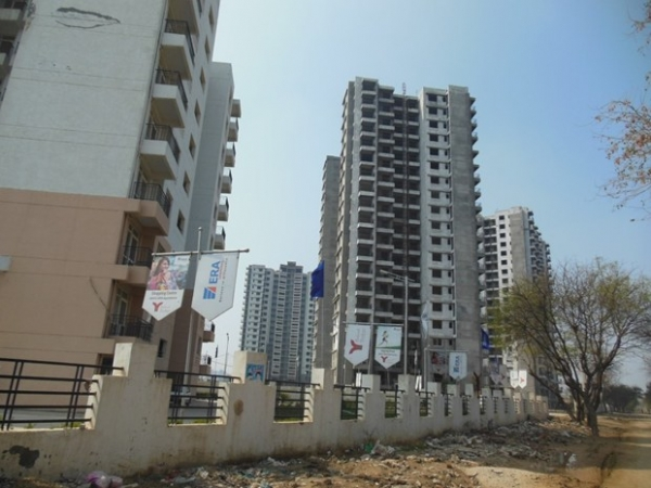 2 BHK Apartment for Rent in Era Redwood Residency - Exterior View