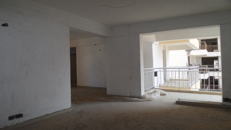 2 BHK Floor for Rent in Arsh Complex - Living Room