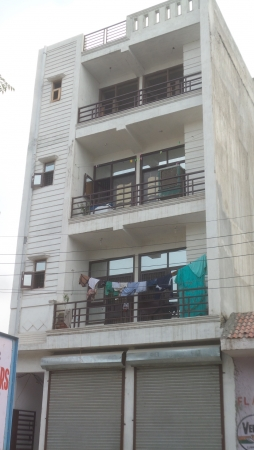 2 BHK Floor for Sale in Sector 71 Noida - Exterior View