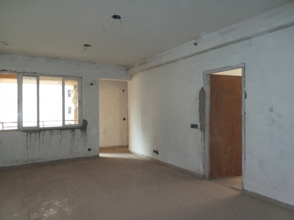 2 BHK Apartment for Sale in Supertech Cape Town - Living Room