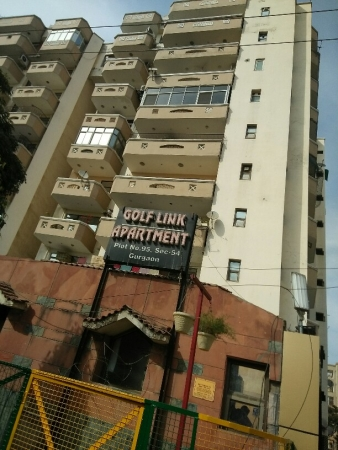 3 BHK Apartment for Rent in Golf Link Apartments - Exterior View
