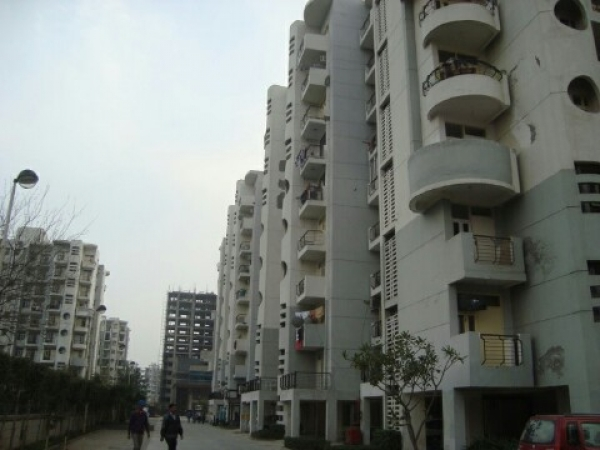 2 BHK Apartment for Rent in Omaxe Heights - Exterior View