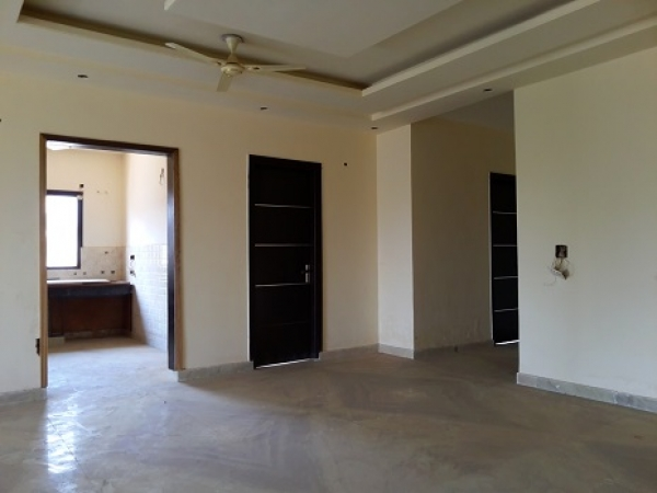 4 BHK Apartment for Sale in Jeevan Shakti Apartments - Living Room