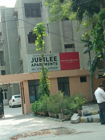 3 BHK Apartment for Rent in Jubilee Apartments - Exterior View