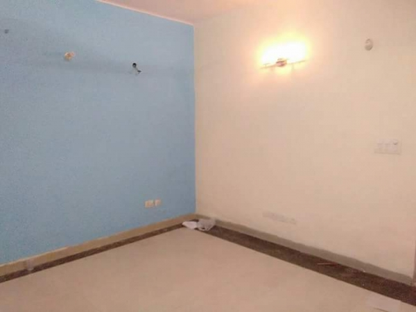 3 BHK Apartment for Rent in Vigyan Vihar - Living Room