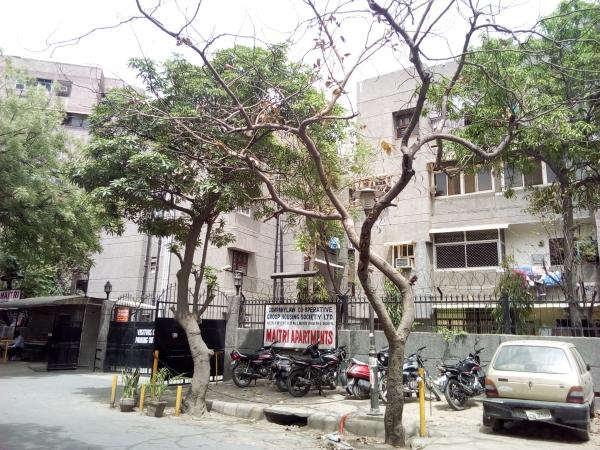 2 BHK Apartment for Rent in Maitri Apartment - Exterior View