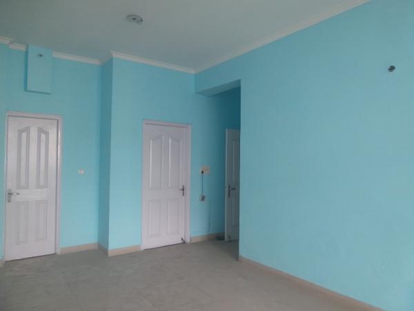 2 BHK Apartment for Rent in Saransh Apartments - Living Room
