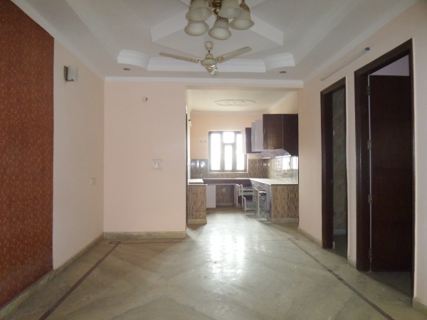 4 BHK Floor for Sale in Sector 31 Faridabad - Living Room