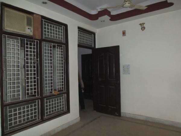 1 BHK Apartment for Rent in DDA Pocket D - Living Room