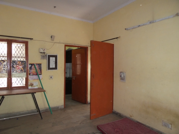 1 BHK Apartment for Sale in Ashu Apartment - Living Room