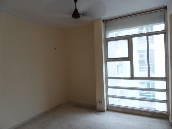 3 BHK Apartment for Rent in Shri Banke Bihari Society - Living Room