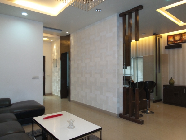 2 BHK Apartment for Rent in Gaur City 2 - Living Room