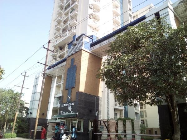 2 BHK Apartment for Rent in Mahagun Maple - Exterior View