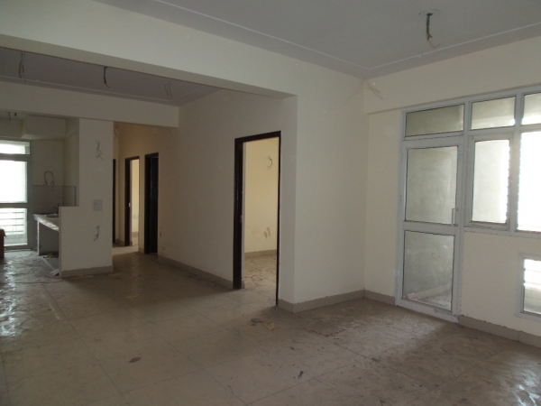 2 BHK Apartment for Rent in Assotech Windsor Greens - Living Room